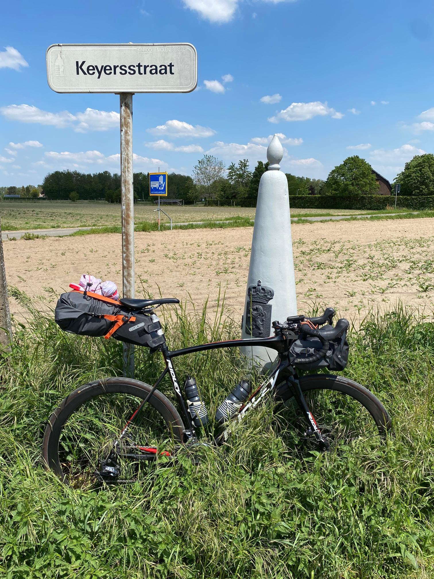 CSG'ers fietsen Rondje Nederland voor KWF